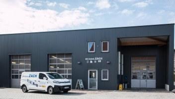 KFZ Zach Werkstätte eni Tankstelle KFZ-Zach Heiligenkreuz am Waasen KFZ Technik Auto Reparatur Reifen Begutachtung Pickerl Inspektion Ölwechsel